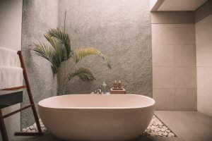 How to Clean YOUR Type of Bathtub the Right Way (Easier Than You Think!)